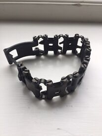 Leatherman Tread men's bracelet / DIY tool