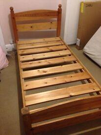 WARREN EVANS SINGLE PINE BED 6'x3'