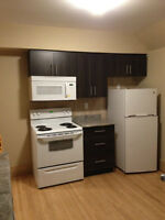 VERY SPACIOUS 3 BDRM PLUS DEN - NEWLY RENOVATED!!