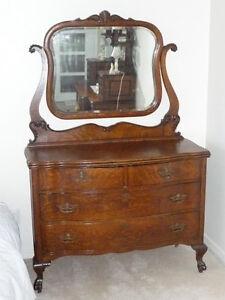 Commode miroir antique chêne maillé pattes lions – circa 1910-20