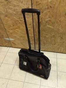 Women Carry on Travel Bag