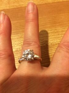 Kenneth Jay Lane Engagement Ring West Island Greater Montréal image 3