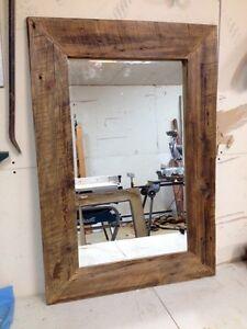 Miroir bois de grange d coration accents dans grand for Miroir bois de grange