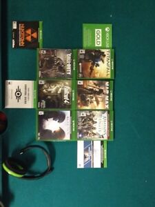 Xbox One game bundle (with headset and DLCs)
