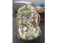 Three Owl Baby seat - vibrating and rocking seat
