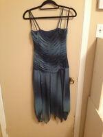 Robe parfaite pour le bal de fin d'année. Perfect prom dress.
