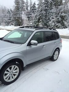 Subaru forester 2013 limited cuir,gps,toit ouvrant