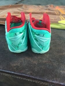 Lebron 11 Christmas s12 Cambridge Kitchener Area image 3