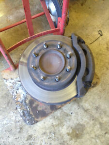 Spindle avant Dodge ram 3/4 de tonne