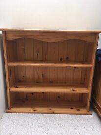Pine bookcase shelving