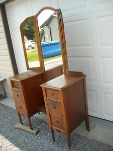 Vanity with Tri-Fold Mirrors & 6 Drawers, over 80 years old. Peterborough Peterborough Area image 5