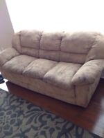 Couches of 3 seats + 2 sofa chairs for only $50,