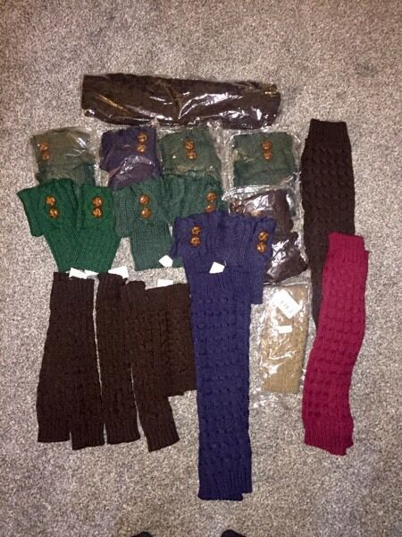 Job lot - thick wooden lag warmers & gloves