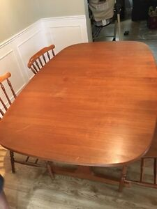 Kitchen table  London Ontario image 7