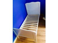 Toddler bed need gone ASAP!