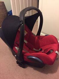 Maxi-cosi cabriofix baby car seat / carrier
