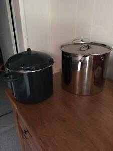 Table bed bag noodle maker pots Kitchener / Waterloo Kitchener Area image 3