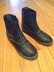 Auken Paddock Boots (child's size 2/3/4) Cambridge Kitchener Area image 1
