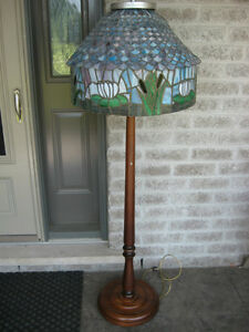 AWESOME 1920'S HEAVY TURNED WALNUT FLOOR LAMP WITH FOLKART SHADE
