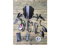 Zx6r 09-12 job lot of spares ( footrests, mirrors, screen, tail tidy etc )