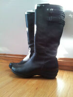 Hush Puppies Black Leather Boots