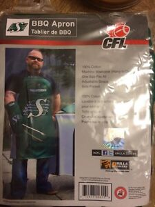 NEW Saskatchewan Roughriders BBQ apron unopened