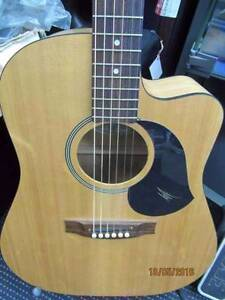Maton 6 String Acoustic Electric Guitar - EM225C With Case Frankston Frankston Area Preview