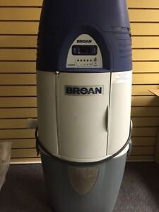 Broan Central Vac LIKE NEW