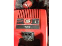 Milwaukee v28 battery charger and batterys