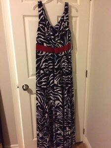 IGIGI PLUS SIZE ZEBRA PATTERN DRESS  London Ontario image 1