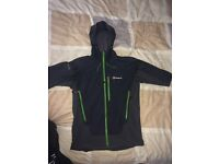 Berghaus windstopper softshell small