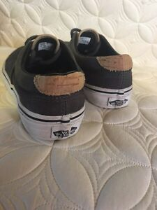 Youth Van's shoes - boys size 3 and full back hat Kingston Kingston Area image 2