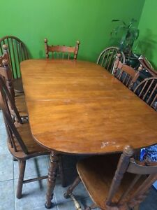 FULL DINING TABLE SET WITH 8 CHAIRS $250 OBO