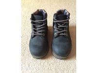 Boys timberland boots size 6.5
