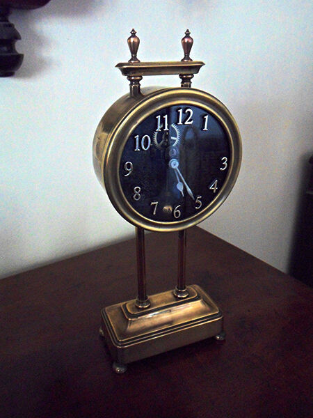 How to Buy an Affordable Antique Clock