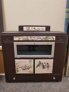 Vintage Hutch/Buffett or Tv Stand