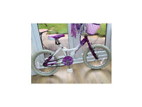 "Girls bike 18"" wheels suit 6-8 years frame size 11"