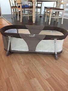 portable bed / lit portatif