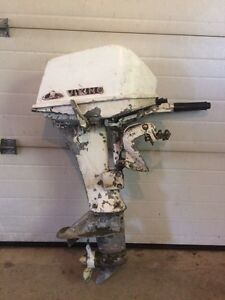 Older 6hp Viking outboard motor for sale