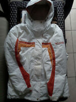 White COLUMBIA Winter Jacket in perfect condition,