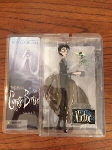 Corpse Bride and Victor Collectibles ORIGINAL PACKAGING Stratford Kitchener Area image 3