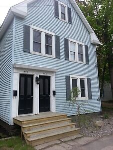 Historic Downtown 4 Bedroom Apartment!!