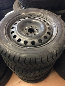215/55R17 9/32 winter tires with rims