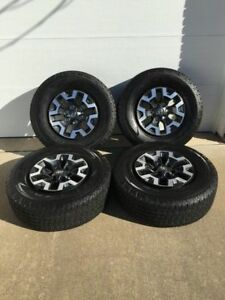 4 ROUES 16po TACOMA TRD 2017 ****COMPLÈTEMENT NEUF****