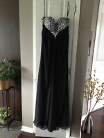 PROM DRESS /EVENING GOWN *** ROBE DE SOIRÉE / BAL DE FINISSANT