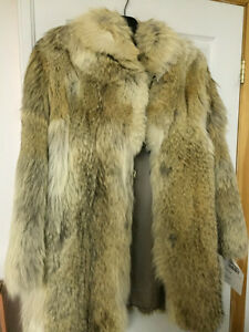 Fur Coat - Artic Wolf - REAL FUR West Island Greater Montréal image 2