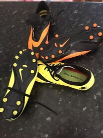 Junior football boots size 3.5 uk