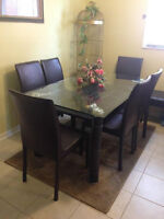 Glass dining table! Great condition!