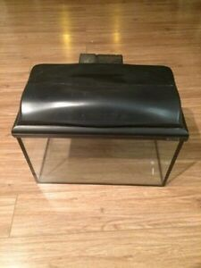 5 Gallon Elite Fish Tank with Filter and Extras