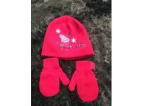 Girls pink peppa pig hat and mittens age 4-6yrs